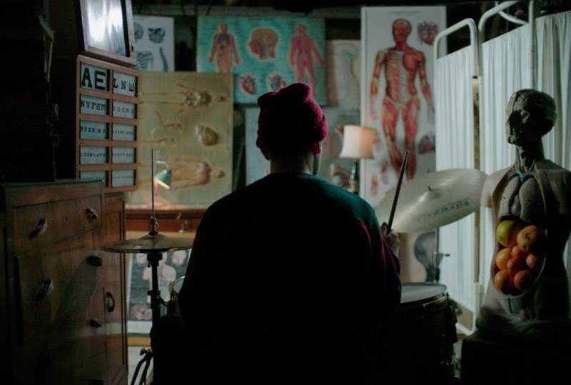 "Frame dal video di ""Tubature"""